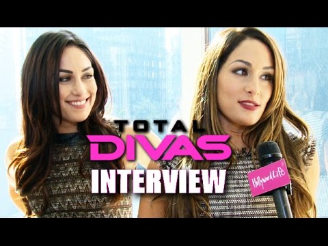 "The Bella Twins: Justin Bieber Would ""Cry"" If They Slapped Him"