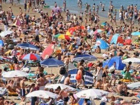 Radio Rijnmond LIVE vanaf het strand van Hoek van Holland!