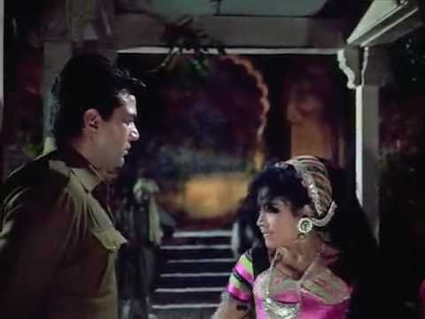 Maar Diya Jaaye - Mera Gaon Mera Desh 1972 (HQ With ENGLISH...