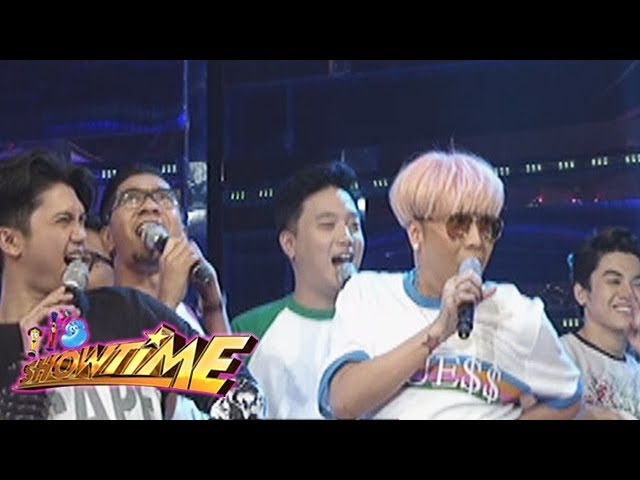It's Showtime: Team Vice's cheer in Cash-Ya