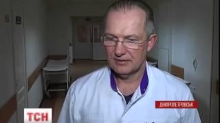 До Дніпропетровської обласної лікарні доправили важкопоранених бійців з передової - (видео)