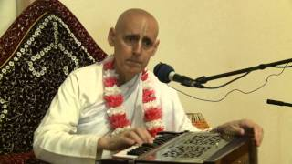 2012.10.24. Kirtan before BG ISKCON Tallinn, Estonia