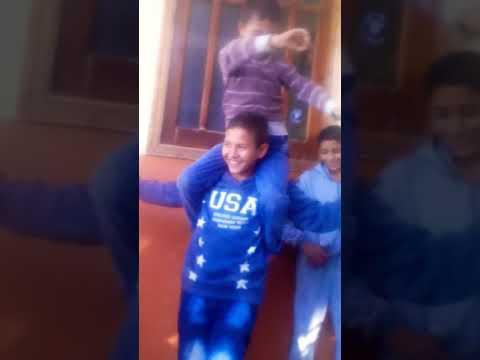 رقص طفل صغير مصري thumbnail