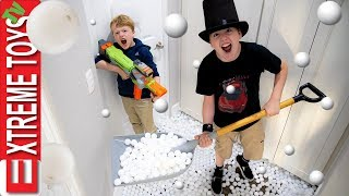 Extreme Toys TV Ping Pong Panic! Magician Mothers Day Nerf Battle!