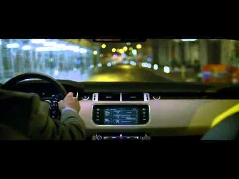 Daniel Craig svela la nuova Range Rover Sport