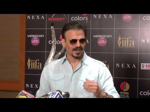 OMG! Vivek Oberoi AVOIDS question on Salman Khan