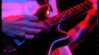 Watch Queen Guitar Solo Live video