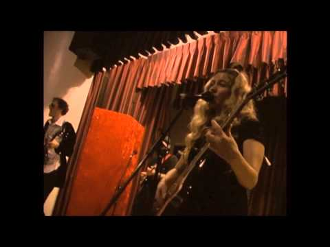 "Alli Battaglia & The Musical Brewing Co. - ""Original Innocence"" Live New Year's Eve '11"