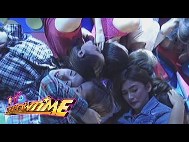 It's Showtime: Team Nadine's heads on a pillow