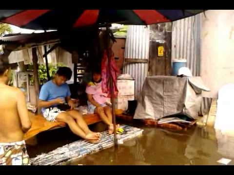 Flood 14 10 2011.mp4