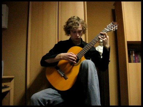 0 Love Story Theme played on classical guitar
