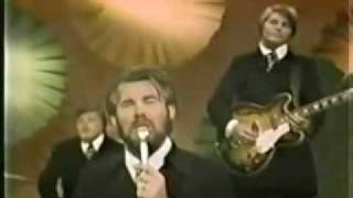 Kenny Rogers  amp The First Edition - Ruby quotDon39t Take Your Love To Townquot
