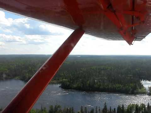 Boreal Water - Northern Ontario lakes and rivers from float plane - June 2007.avi