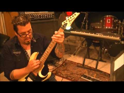 How to play Eddie Van Halen/Brad Gillis style harmonics on guitar