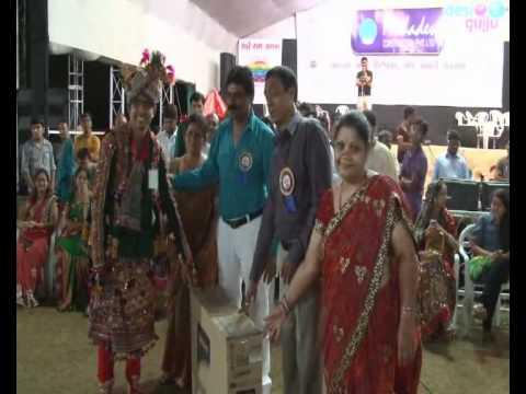 Radhe Raas Garba Ahmedabad - 2011 - Rajdeep Barot Vanita Barot...