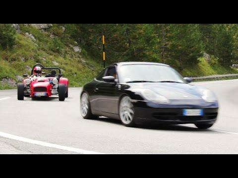 Porsche 911 vs Striker VTEC - Inseguimento a Davide Cironi - Inserito da Davide Cironi il 3 ottobre 2015 durata 1 minuto e 50 secondi - Anteprima video ufficiale dell�evento �2� Davide Cironi Live Experience� in prossima uscita: La Striker VTEC testata qualche settimana fa alle prese con la mia 911 Carrera 2, seguiti dalle altre 125 macchine partecipanti.