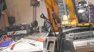 RC REPAIR FROM THE HYDRAULIC CYLINER LIEBHERR 956! LIEBHERR EXCAVATOR 956 REPAIR! RC FOR KIDS