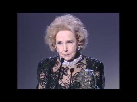 Mary Carrillo recoge el Goya a Mejor Actriz de Reparto 1997