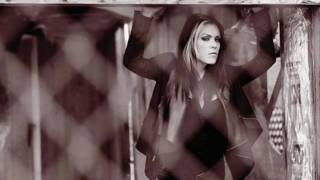 Watch Beth Hart Like You (and Everyone Else) video
