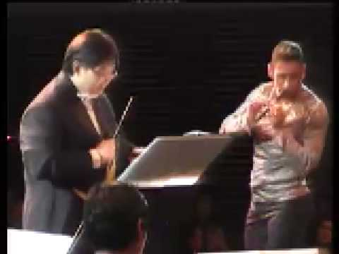 Amazing performance of Vivaldi Recorder Concerto in D by Horacio Franco