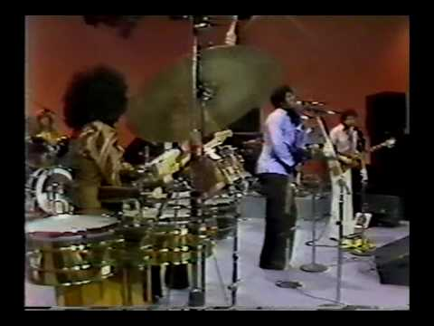 Carlos Santana - Dance Sister Dance (baila mi Hermana)