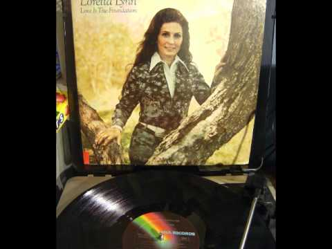 Loretta Lynn - I Love You I Love You