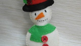 How To Make A Funny Felt Snowman - DIY Crafts Tutorial - Guidecentral