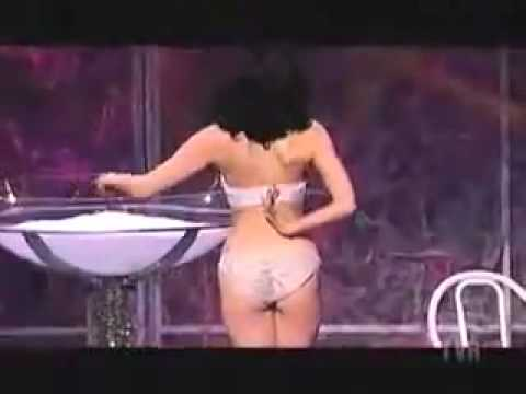 Dita Von Teese burlesque strip tease show.mp4