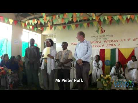 Beekeeping school project Ethiopia and USA through tree planting with Groasis Technology
