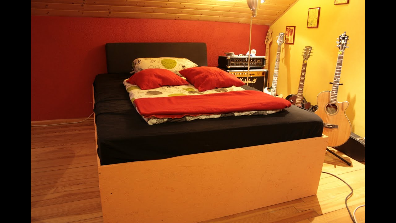 wie baut man sich ein bett selbst youtube. Black Bedroom Furniture Sets. Home Design Ideas