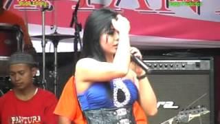 Download lagu tabir kepalsuan acha kumala live in sumur brangsong