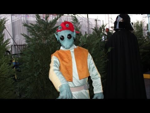 Hyperspace Hoopla 2013 Behind The Scenes - Star Wars Weekends Backstage w/ Characters