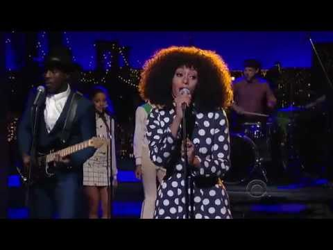 "Solange - ""Don't Let Me Down"" on David Letterman"