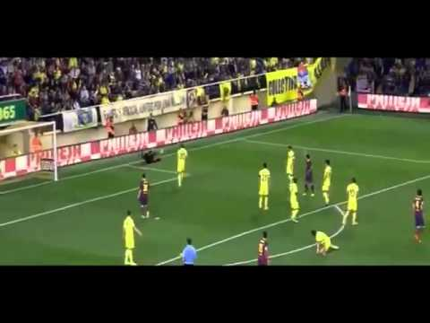 Dani Alves EATS BANANA thrown from public Villareal vs Barcelona FULL 2014