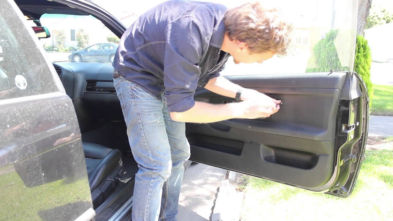 Removing The Door Panel Of My E36 Bmw 328is Step 1 For Window Repair Youtube