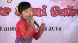 Ibu Kita Kartini by Maria Christa - Juara 1 lomba nyanyi anak se-DIY di Pasar Seni Gabusan, Bantul
