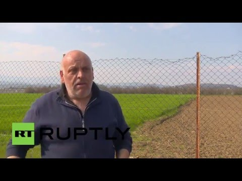 Greece: Idomeni farmer bemoans impact of refugee camp on business