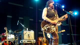 Watch Amy Ray Late Bloom video