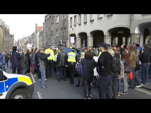 'Scum' chants directed at Nigel Farage in Scotland