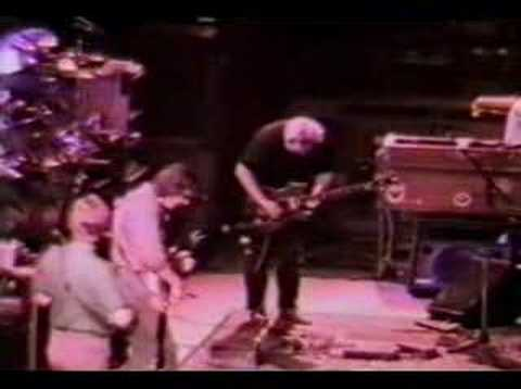 Grateful Dead-Eyes Of The World (3-27-88) Video