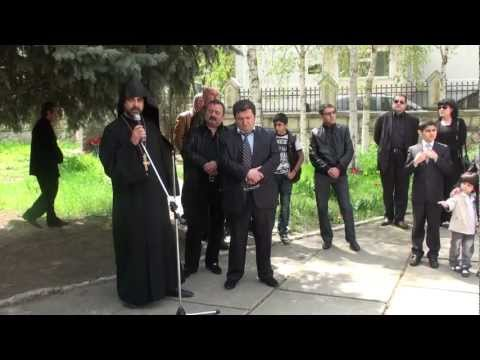 Armenii moldoveni pomenesc holocaustul armenesc
