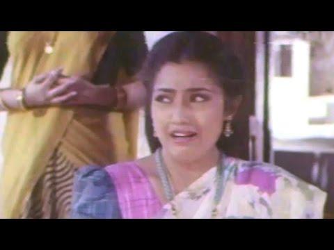 President Gari Pellam Scenes - Swapna Asking Kiss To Raja - Nagarjuna, Meena video