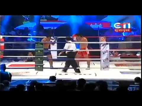 Khmer boxing this week 2014 | Khmer Boxing vs Thai boxing International |Rumchong vs Thai#2