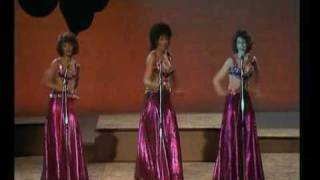 Three Degrees-The Runner (live,1979)