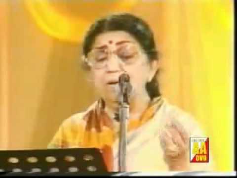 Ae mere watan ke logon-lata mangeshkar(queen in concert).flv
