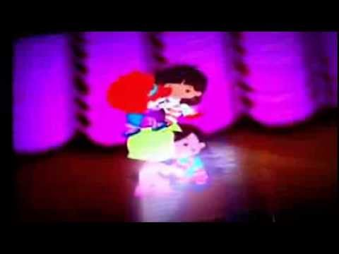Chloe's Closet Acrobatic Musical