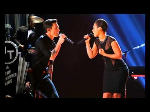 Justin Timberlake Jay Z Grammys 2013 Stars enjoying the show   YouTube...