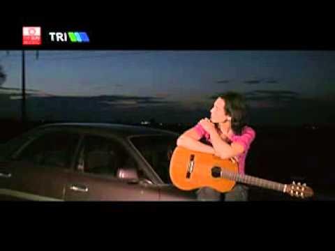 Myanmar Music Vcd Waine Waine ဝိုင္းဝိုင္း-လက္ခံမွာလား video