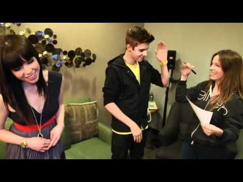 Justin Bieber and Carly Rae Jepsen Take a Quiz about Canada Music Videos