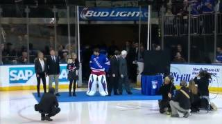 Henrik Lundqvist being honored by the Rangers in pre-game ceremony